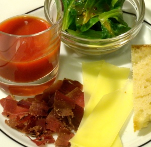 Schinken, Käse und Tomatensaft